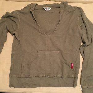Hard Tail V-neck waffle thermal sweatshirt w/hood